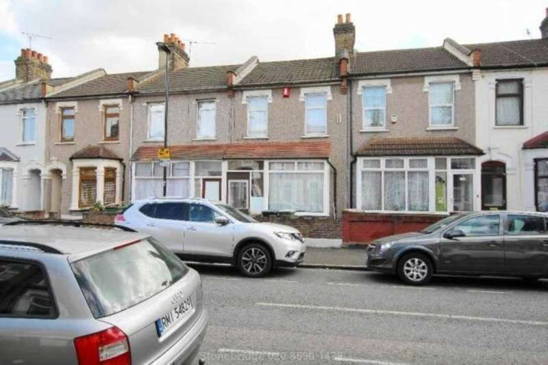 3 Bedrooms Terraced House for sale in Kempton Road, East Ham E6