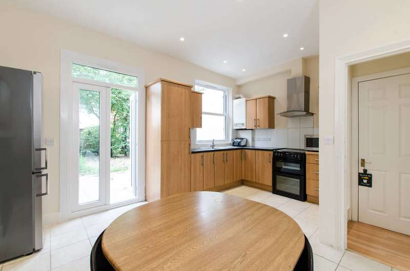 3 Bedrooms House for sale in Rostella Road, Tooting, SW17