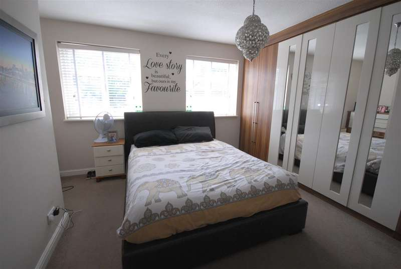 4 Bedrooms Property for sale in Havenwood Road, Wigan