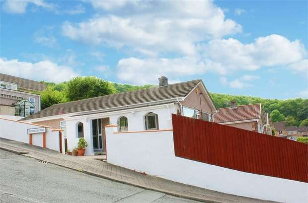 3 Bedrooms Detached Bungalow for sale in Reddington Road, Plymouth, Devon