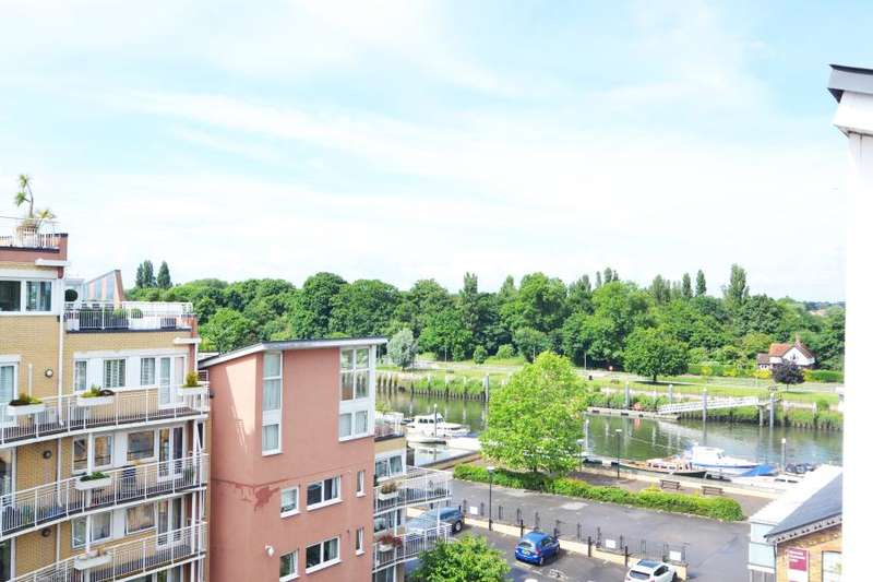 2 Bedrooms Penthouse Flat for sale in The Wharf, Teddington, TW11