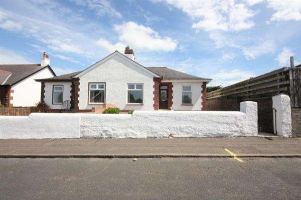 3 Bedrooms Bungalow for sale in Hawkhill Avenue, Ayr
