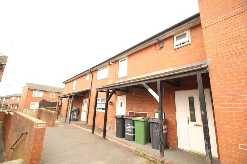 2 Bedrooms Flat for sale in Flaxton Gardens, Leeds, LS11