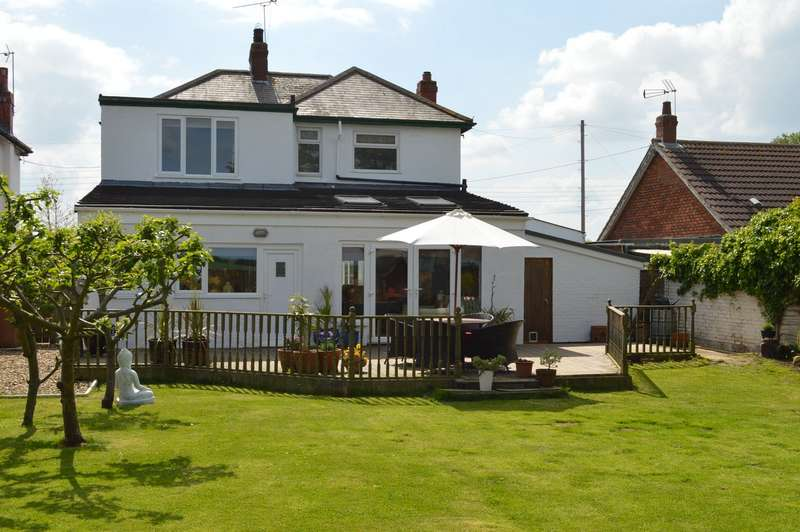 3 Bedrooms Detached House for sale in Lambwath Lane, New Ellerby, East Riding of Yorkshire