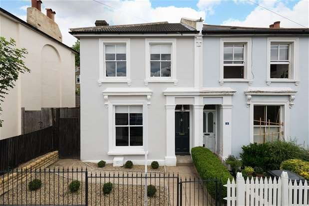 3 Bedrooms Semi Detached House for sale in Kelvin Grove, Sydenham