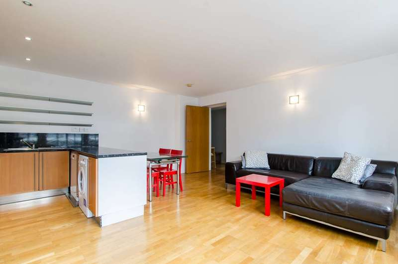 2 Bedrooms Flat for sale in Boyd Street, Aldgate, E1