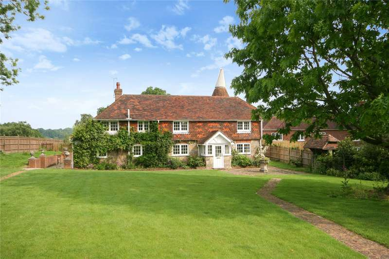 5 Bedrooms Detached House for sale in Bletchinglye Lane, Rotherfield