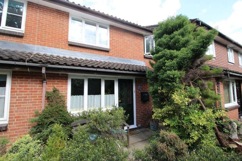 1 Bedroom Property for sale in Windermere Close, Egham, TW20