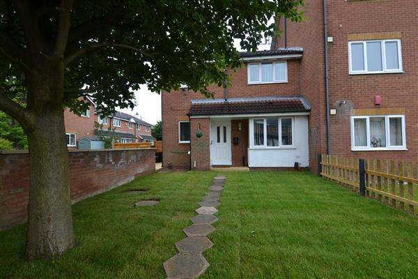 2 Bedrooms Semi Detached House for sale in Dadford View, Brierley Hill