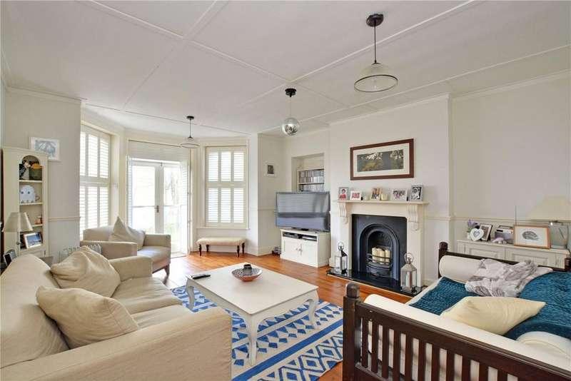 4 Bedrooms Flat for sale in Summerhill Villas, Susan Wood, Chislehurst, BR7