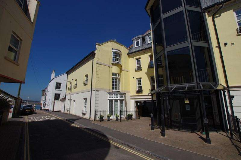 2 Bedrooms Flat for sale in Ivy Lane, Teignmouth