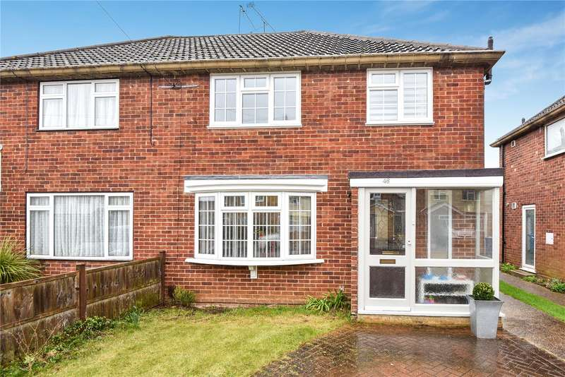 3 Bedrooms Semi Detached House for sale in Ray Lea Close, Maidenhead, Berkshire, SL6