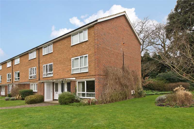 2 Bedrooms Flat for sale in Oakhill Court, Edge Hill, Wimbledon, London, SW19