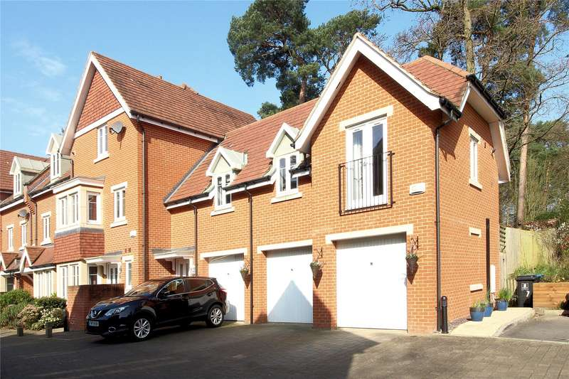 2 Bedrooms House for sale in Convent Close, Woking, Surrey, GU22