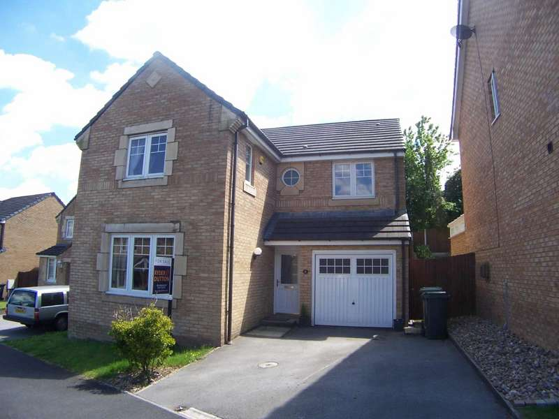 4 Bedrooms Detached House for sale in Kingfisher Way, Simmondley, Glossop, Derbyshire, SK13