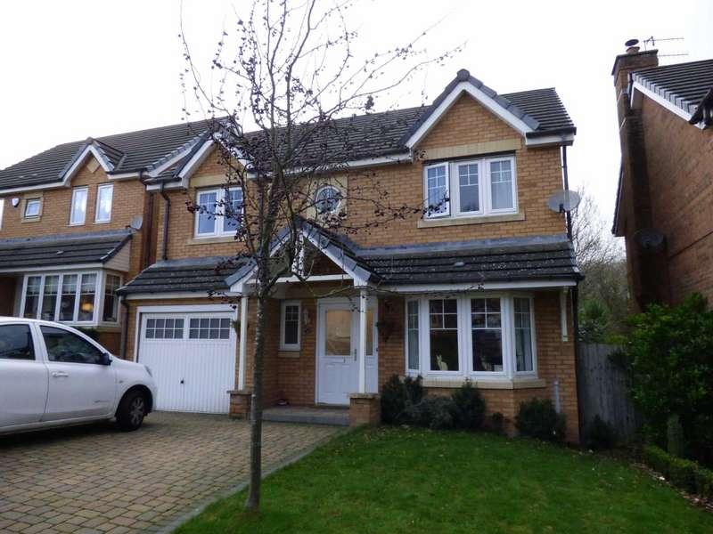 4 Bedrooms Detached House for sale in Kestrel View, Glossop, Derbyshire, SK13