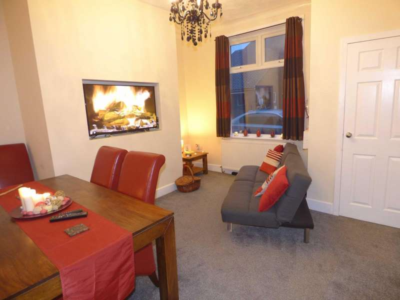 2 Bedrooms Terraced House for sale in Seymour Street, Heywood, Lancashire, OL10