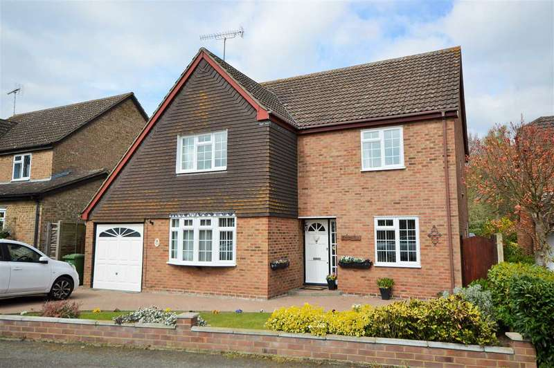 4 Bedrooms Detached House for sale in Carson Road, Billericay