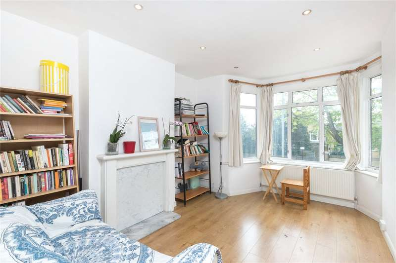 4 Bedrooms Flat for sale in Rectory Lane, Tooting, London, SW17