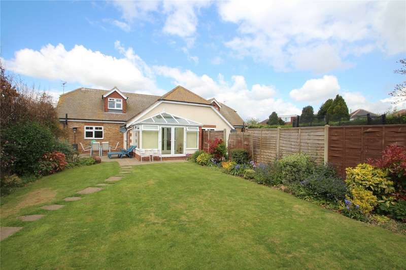 3 Bedrooms Semi Detached House for sale in Steepdown Road, Sompting, West Sussex, BN15