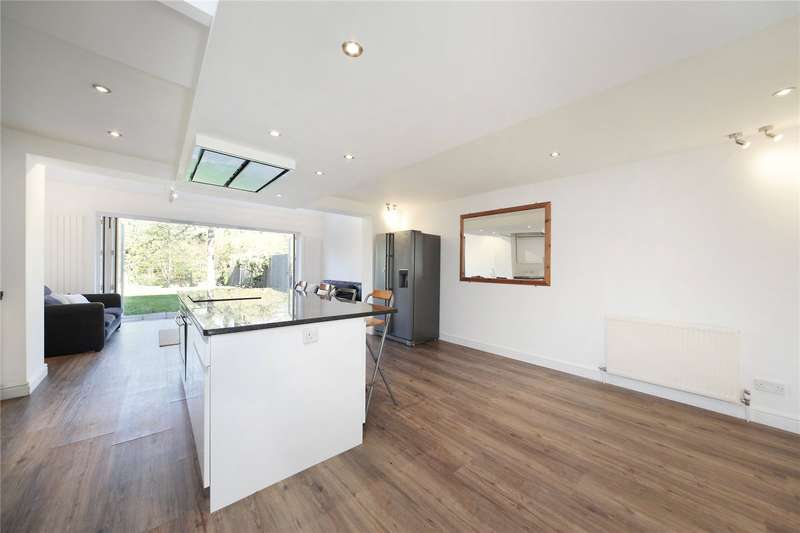 4 Bedrooms Semi Detached House for sale in Nevinson Close, Wandsworth Common, London, SW18