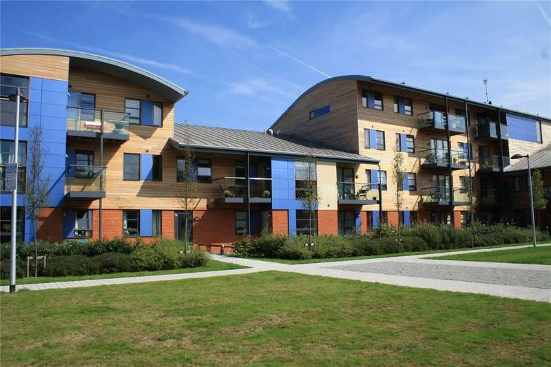 1 Bedroom Apartment Flat for sale in Pretoria Road, Chertsey, Surrey, KT16