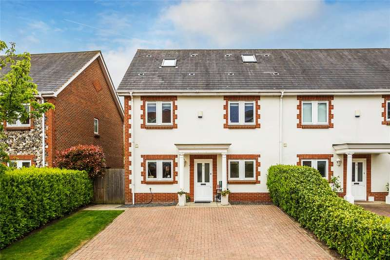 5 Bedrooms End Of Terrace House for sale in Lakeside Drive, Chobham, Surrey, GU24
