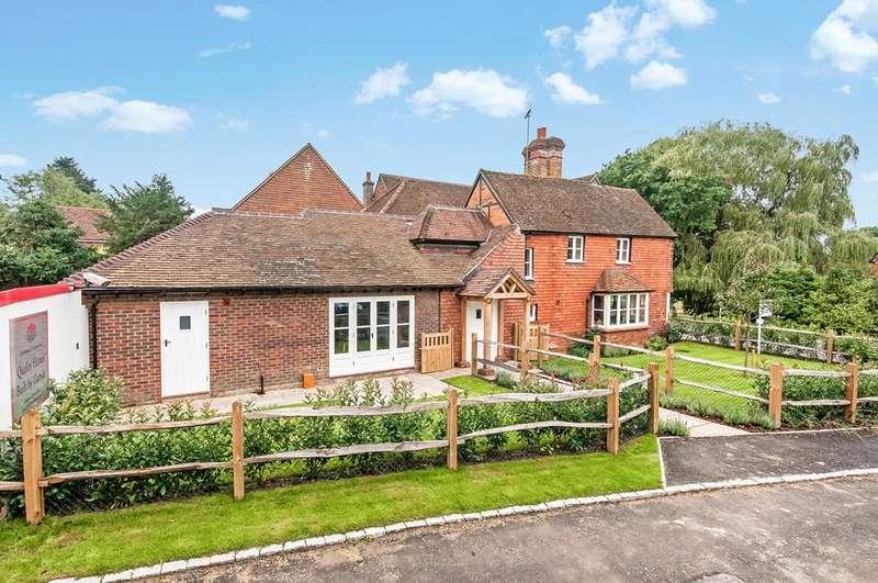 6 Bedrooms Semi Detached House for sale in Stane Street, Ockley, Dorking, Surrey, RH5