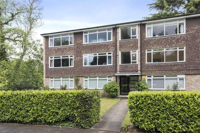 2 Bedrooms Flat for sale in St. Georges Avenue, Weybridge, Surrey, KT13