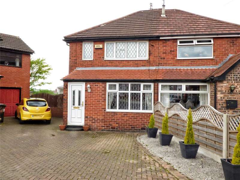 3 Bedrooms Semi Detached House for sale in Knowl Road, Rochdale, Greater Manchester, OL16