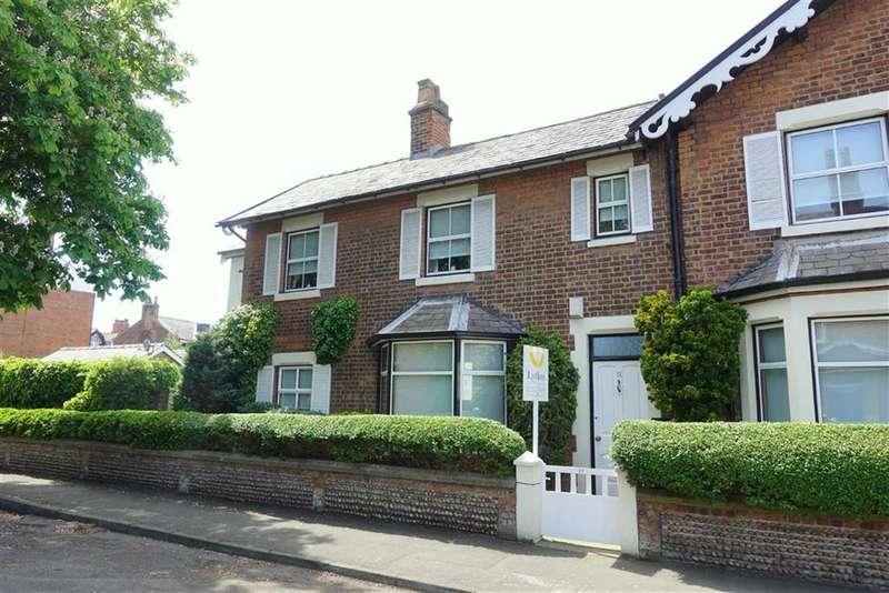 3 Bedrooms Property for sale in Beach Street, Lytham