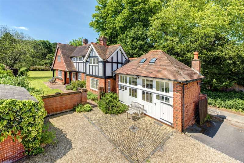 4 Bedrooms Detached House for sale in Ferry Lane, Goring, Oxfordshire, RG8
