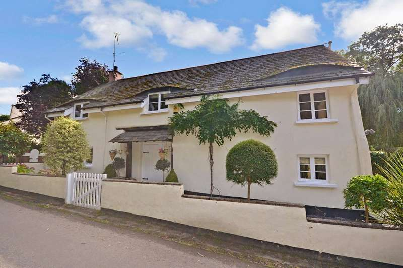 4 Bedrooms Detached House for sale in Nadderwater, Exeter, Devon
