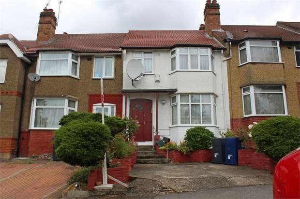 3 Bedrooms Terraced House for sale in Whitton Avenue East, Greenford, Greater London