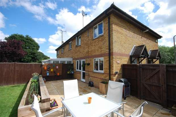 1 Bedroom House for sale in The Pastures, Aylesbury, Buckinghamshire