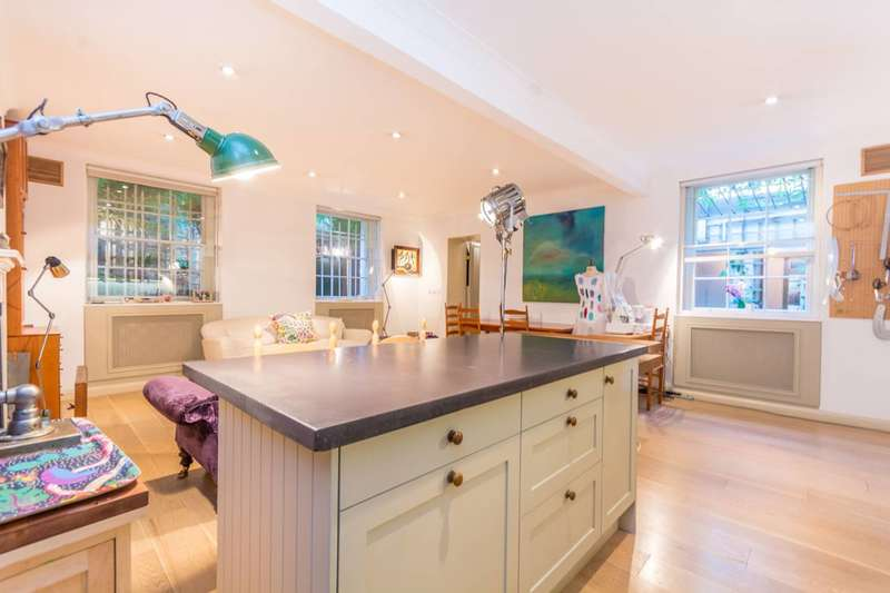 2 Bedrooms Flat for sale in Sussex Gardens W2, Hyde Park Estate, W2