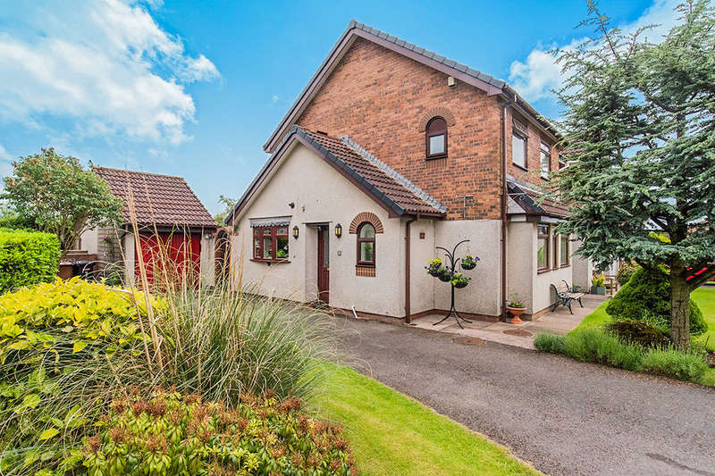 3 Bedrooms Detached House for sale in Coniston Park, Cleator Moor, CA25