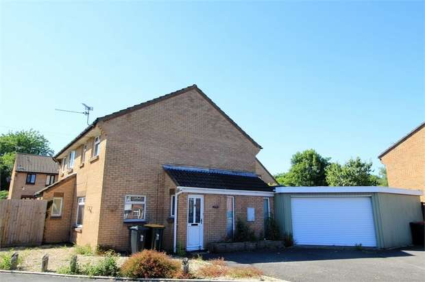3 Bedrooms Semi Detached House for sale in St Davids Crescent, NEWPORT