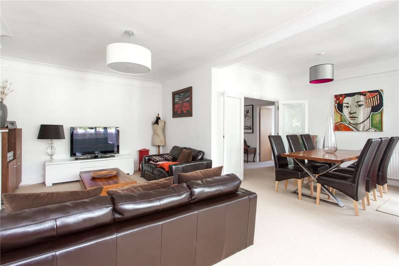2 Bedrooms Flat for sale in Hillfield Court, Belsize Avenue, London, NW3