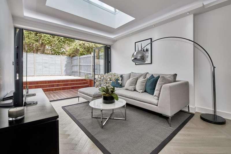 5 Bedrooms Terraced House for sale in Eastwood Street, Furzedown, SW16