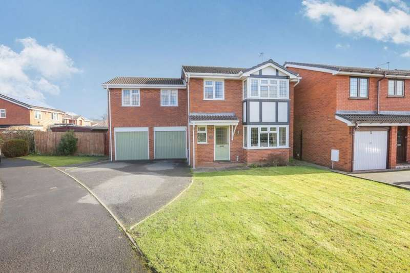 6 Bedrooms Detached House for sale in Lytham Road, Perton, Wolverhampton, WV6