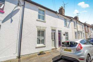 2 Bedrooms Terraced House for sale in Ridley Road, Rochester, Kent