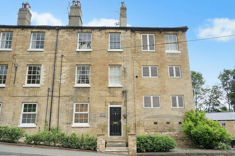 2 Bedrooms Ground Flat for sale in Little Croft Cottage, Boston Spa, LS23 6HD