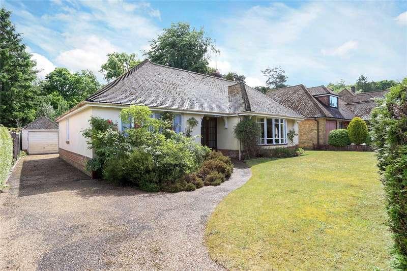 4 Bedrooms Detached Bungalow for sale in Vale Close, Lower Bourne, Farnham, Surrey, GU10