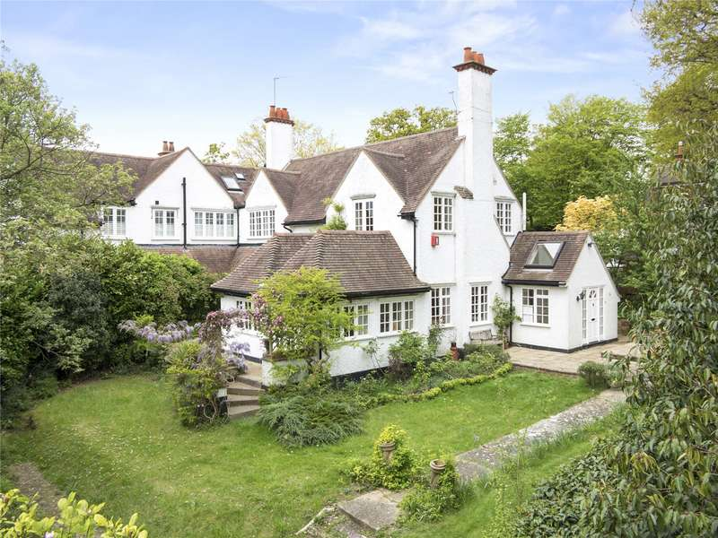 3 Bedrooms House for sale in Oxshott Road, Leatherhead, Surrey, KT22