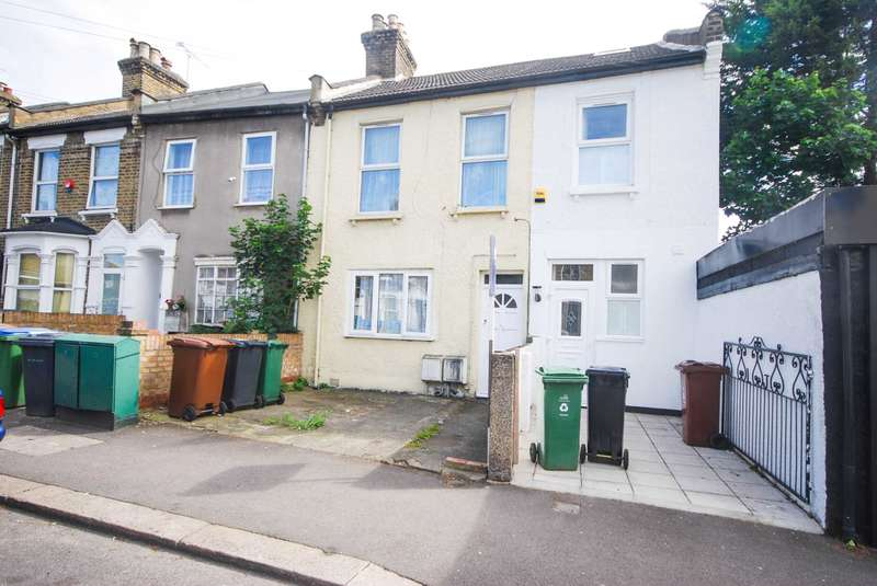 1 Bedroom Flat for sale in Selby Road, London
