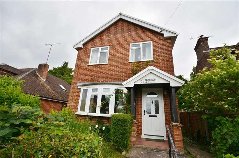 3 Bedrooms Property for sale in St James Terrace, Farnham