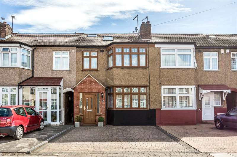 4 Bedrooms Terraced House for sale in Carisbrook Close, Enfield, EN1