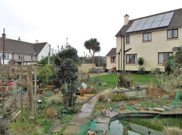 3 Bedrooms Semi Detached House for sale in Carvossa Estate, Crowlas, Penzance, Cornwall