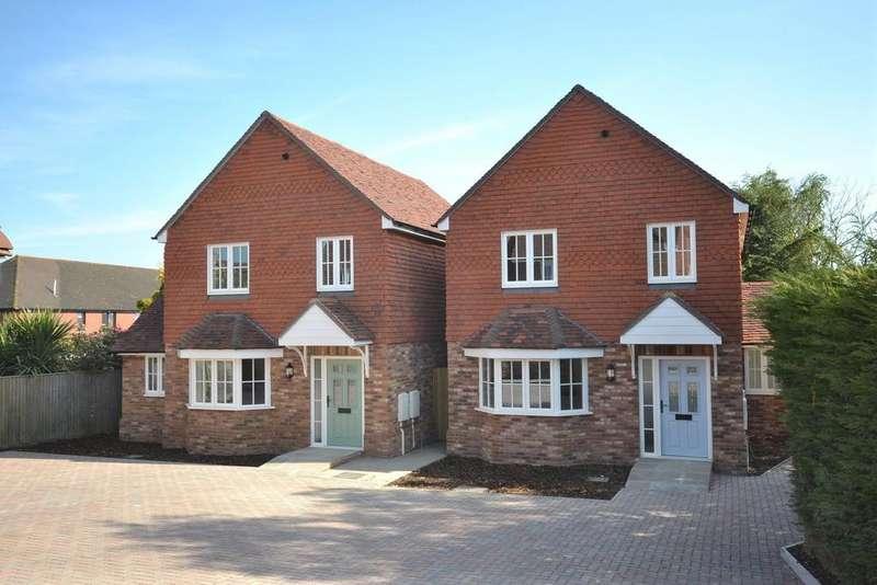 3 Bedrooms Detached House for sale in High Halden, TN26
